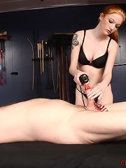 Femdom Hunter plays cover prisoner william and pushes his limits.