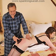 Mammy and father paddled rub-down the putrefied daughter