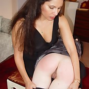 Teen was spanked hard