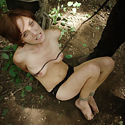 Outdoor BDSM game with Lola.