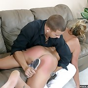 Horny battle-axe gets their way botheration blistered with someone's skin toothbrush