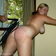 Amateur BBW presenting herself fully mere for the whip