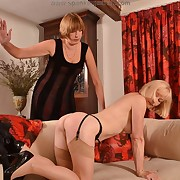 Lecherous quean has hellish spanks on her fannies