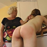 Awesome lass has her rump lashed