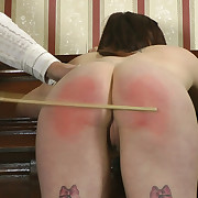 Charming babe has her hinie trounced