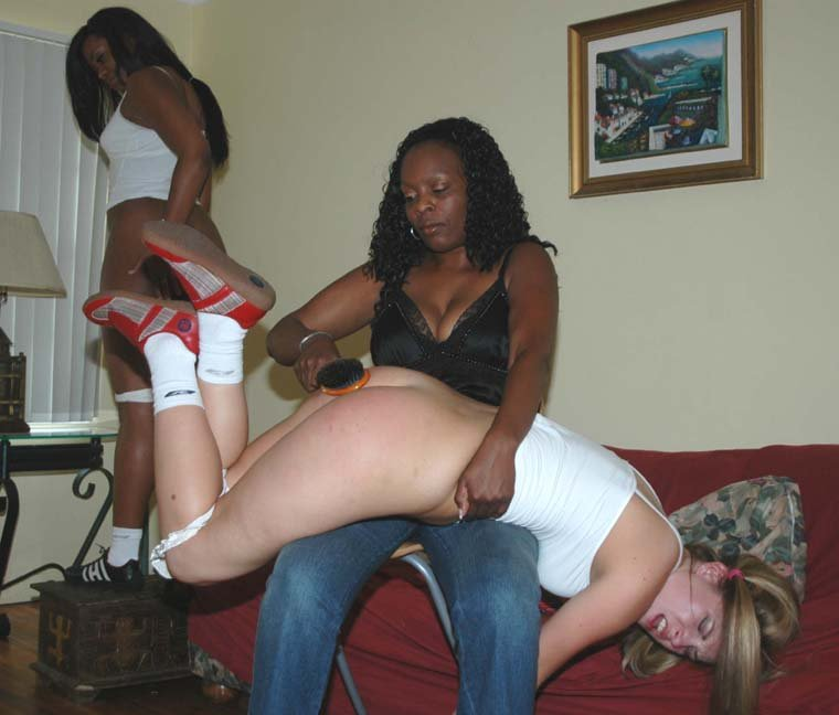 Strapping and paddling for a sassy girl spanking 6