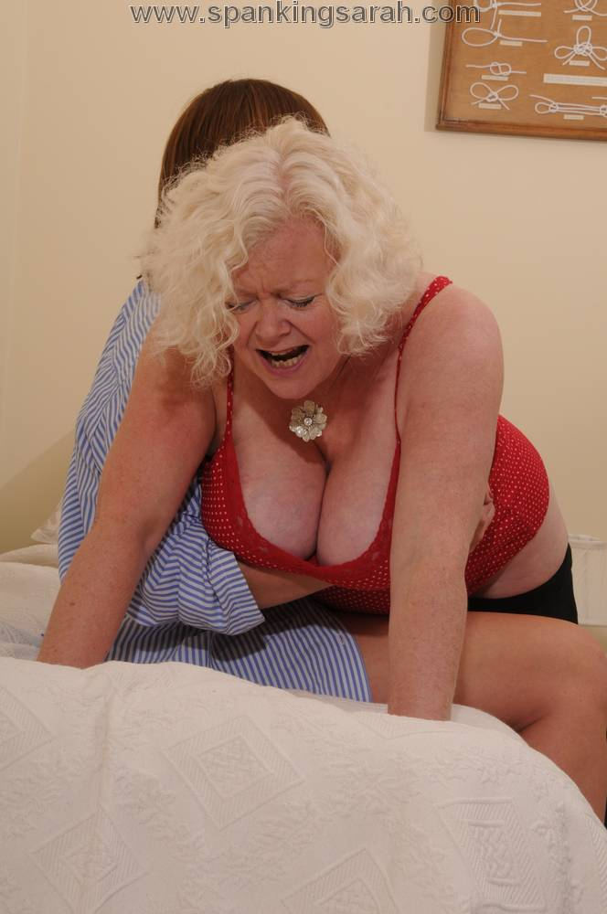 Welting her bare bottom spanking 3