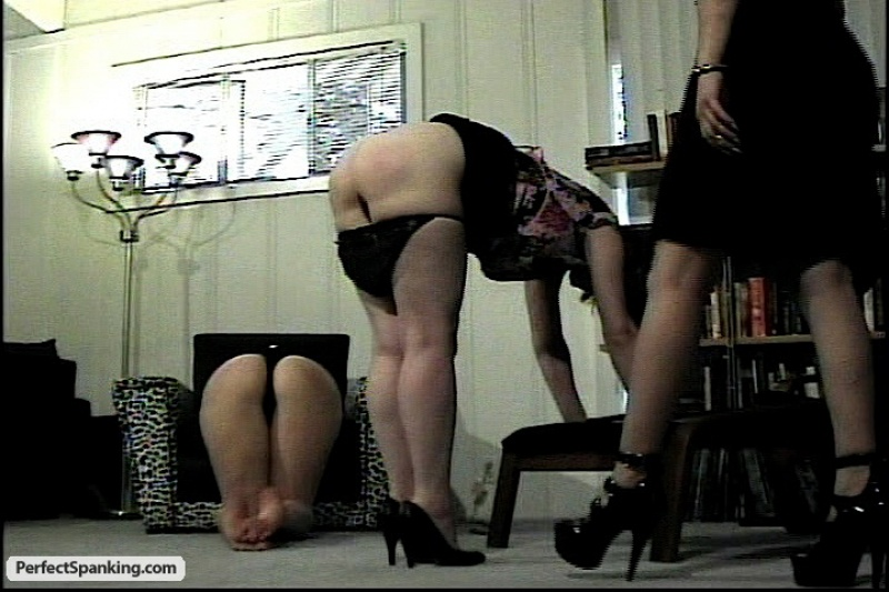 Monster cock streching tight asshole