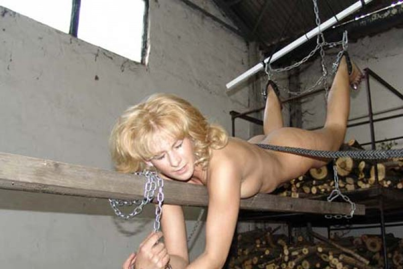 Perfect!!!!!!!>>>>>>>>>>!>!>!>!>! J'eN Bdsm whipping slaves free galleries Class Anal