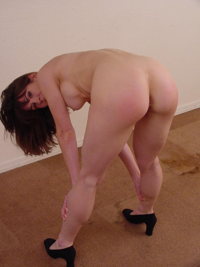 nude spank thumbs