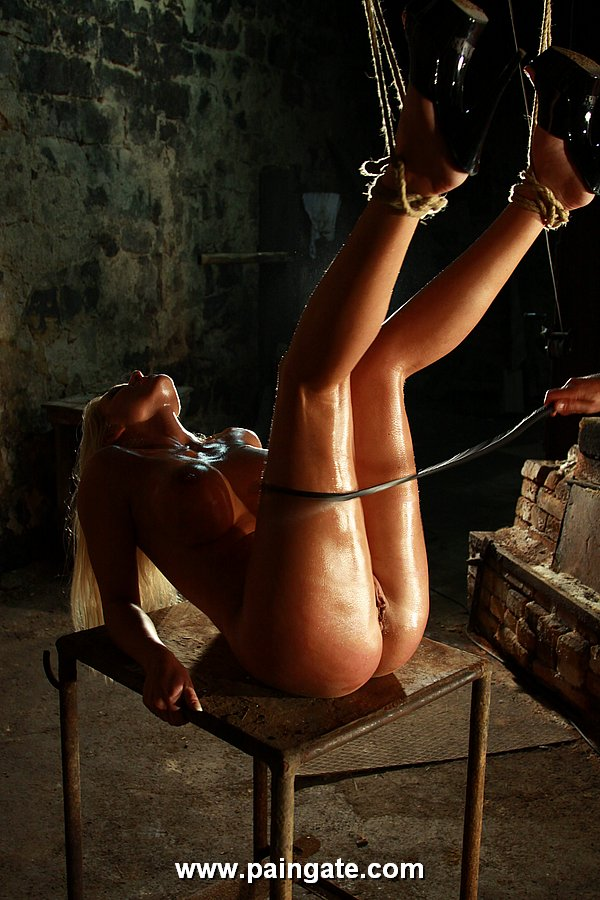 Suspended whipped clit