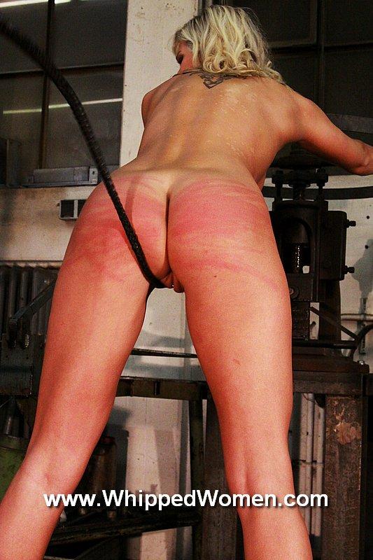 devote spanking pussy
