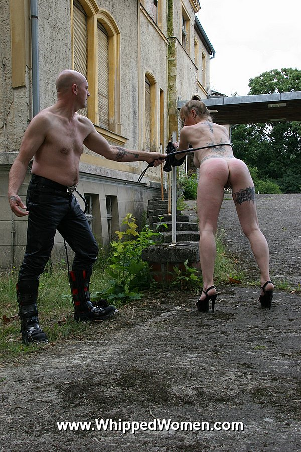 Spank with electic cable for slave hegla - 1 part 9