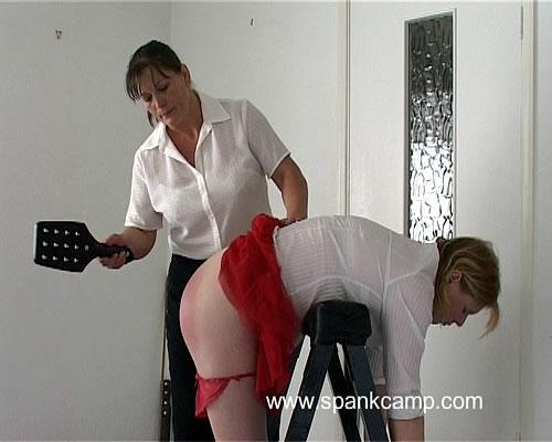 Slim nude butt