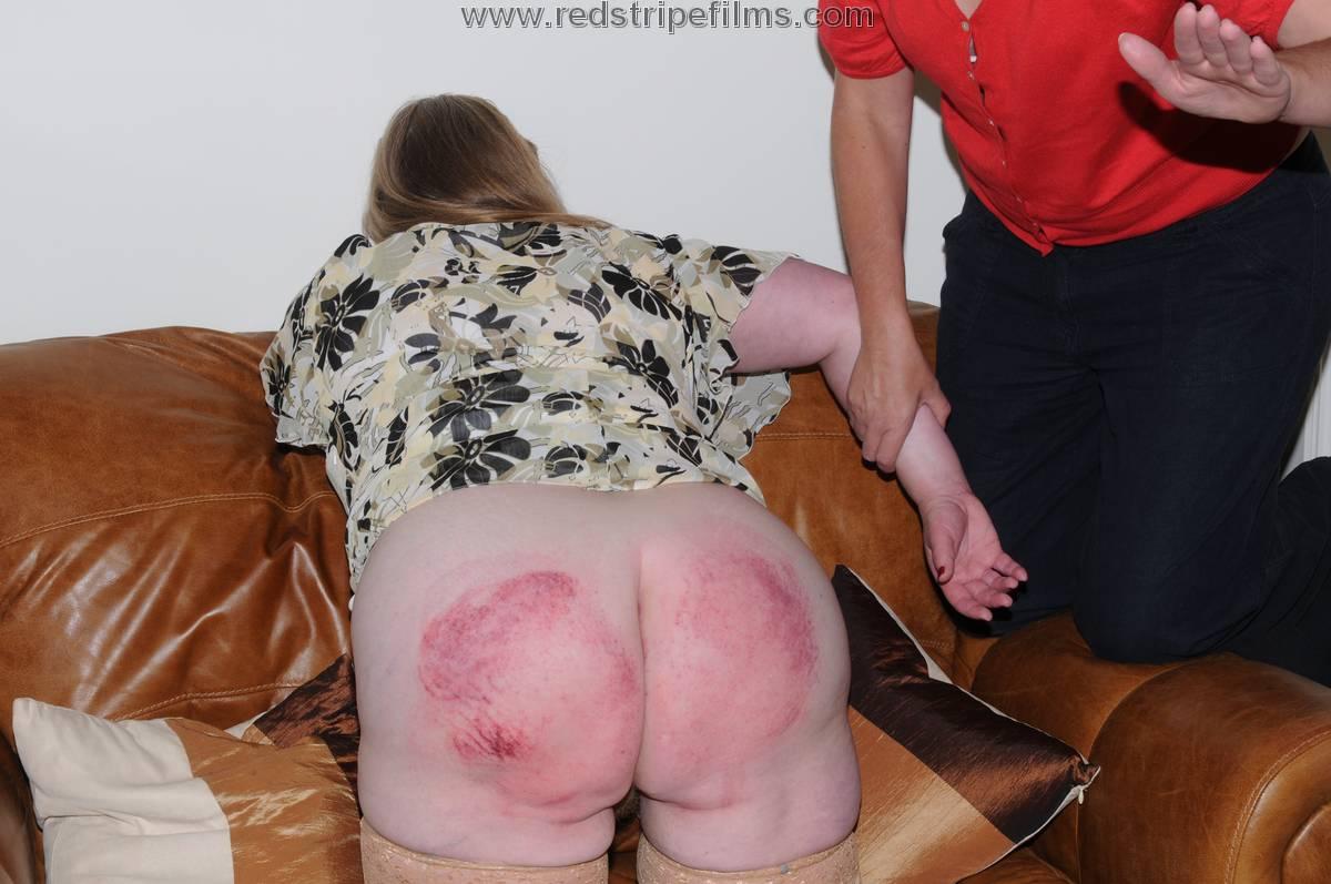 Mature bbw spanking