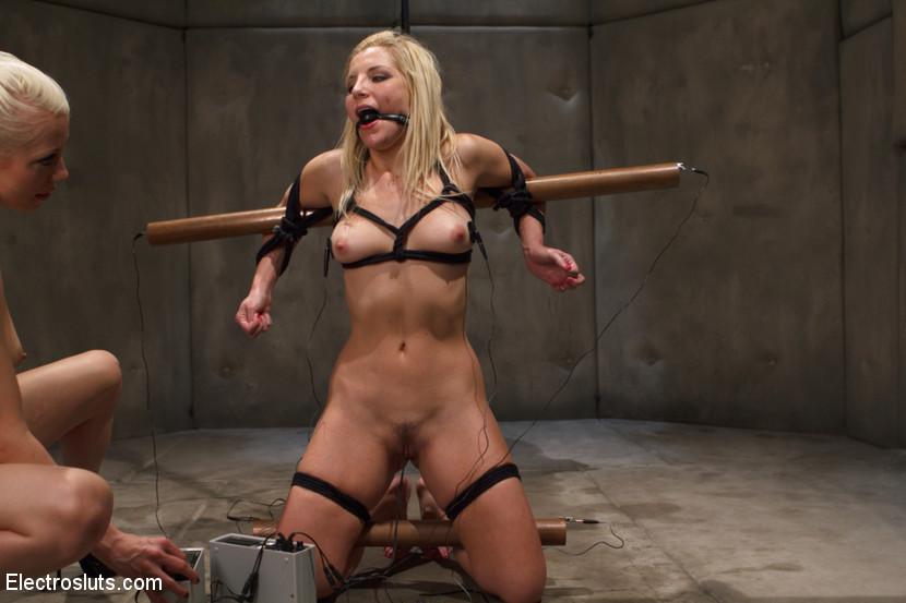 Nude fattass women
