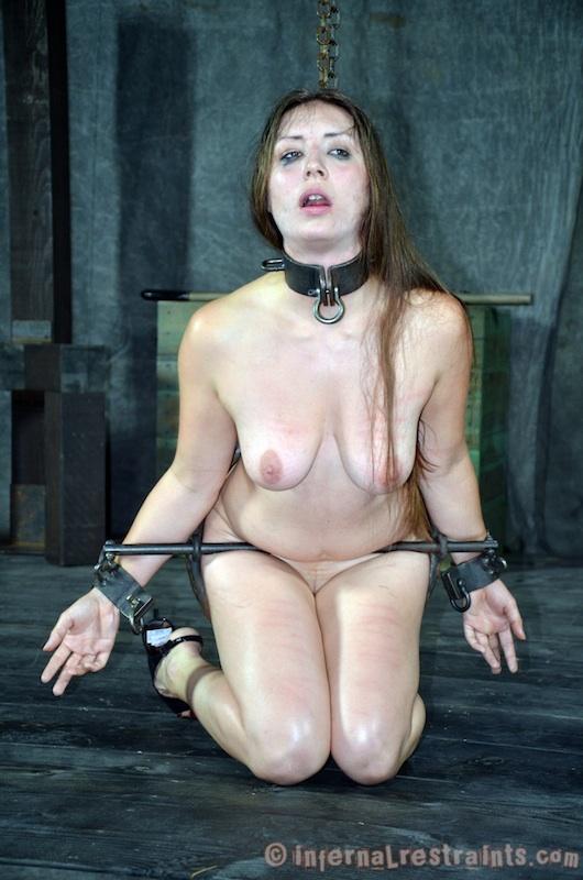Crotch rope pussy bondage