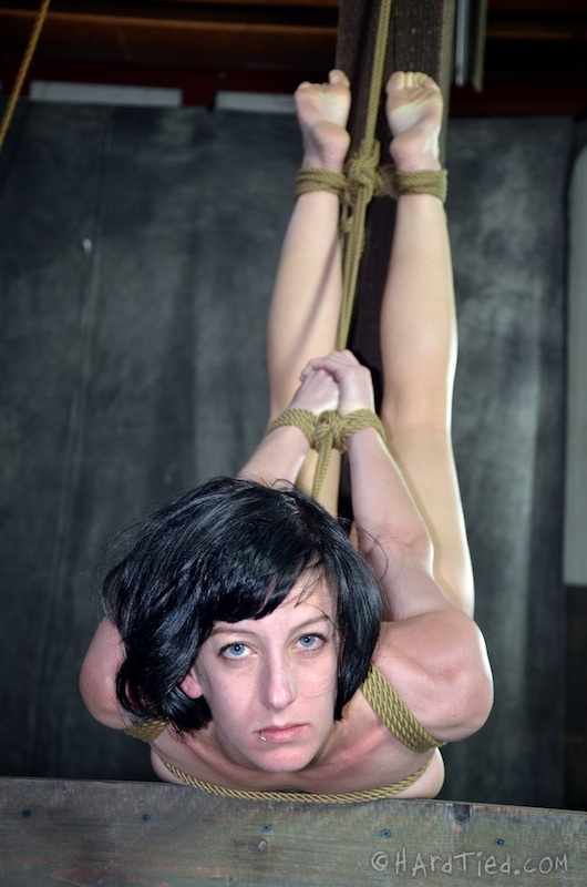 rope Elise graves