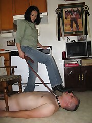 Wife did trampling on the kitchen