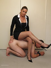 Malesub licks mistress` heels