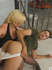 Sex massage gets a guy fucked in the ass