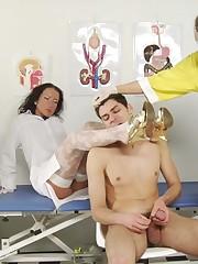 Jerking guy worships the female medical legs