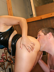 A fetish dominatrix has her ass licked