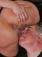 Slut in latex sit on older dude's face