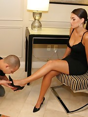 A slaveboy licked mistress` heels