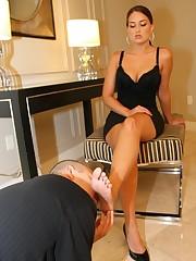A slaveboy licked mistress` heels