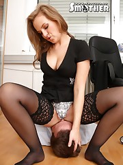 Hot office mistress sat on slave