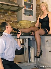 Malesub licked shoes before spanking