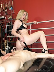 Domina smothered malesubm and made him fuck