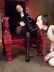 Domina Andy San Dimas orders her submale to worship her boots