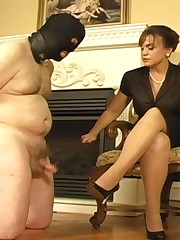 Malesub got his cock punished