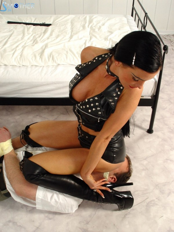 Female domination chastity belts