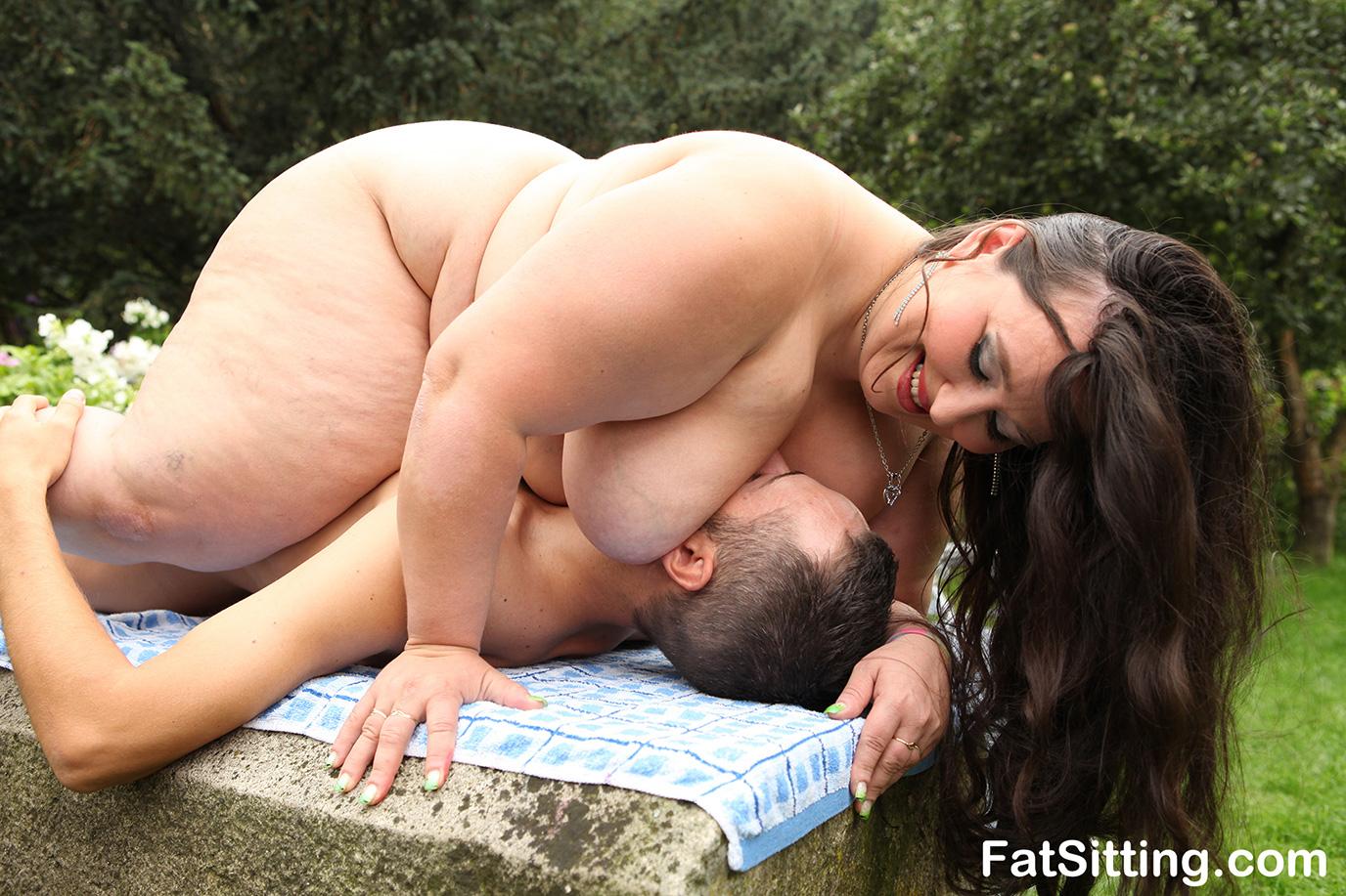 Bbw fat women facesitting
