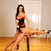 LaTaya & Lola's bondage sex