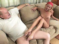 Blonde hottie Jayden Rose has her butt cheeks spread wide while having her toes sucked
