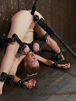 Hot MILF getting bound in metal and machine drilled