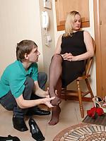 Guy comes on girlfriend's black pantyhose feet