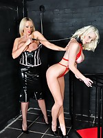 Breathtaking flaxen-haired slavegirl is make allowance at large will not hear of cage regarding fright spanked with an increment of toyed hard by will not hear of gorgeous Floss