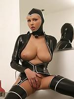 Hot Porn Star Hanna Hilton yon a taut reworking latex utensil