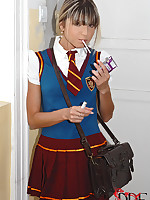 Schoolgirl Gina receives caught smoking apart from downhearted Clara G