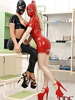 Latex Lucy & Eva Parcker In Latex Probe Each Other's Holes