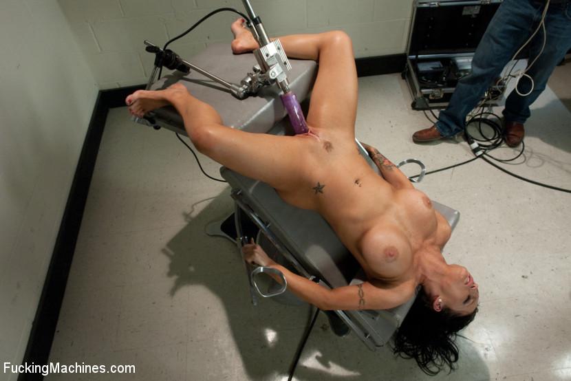 Woman fucking machine movie gallery