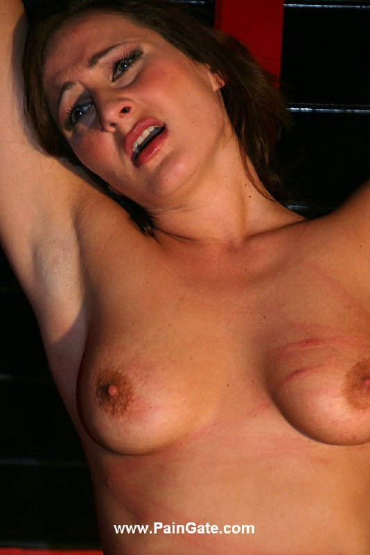 pregnant nude girl blonde