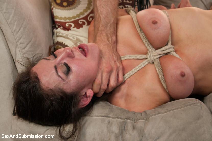 бесплатно фотографии секса со связаной