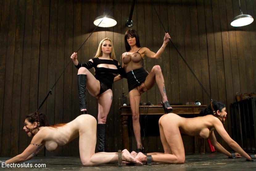 Порно фото kink com