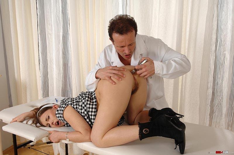 porno-ginekolog-massazh